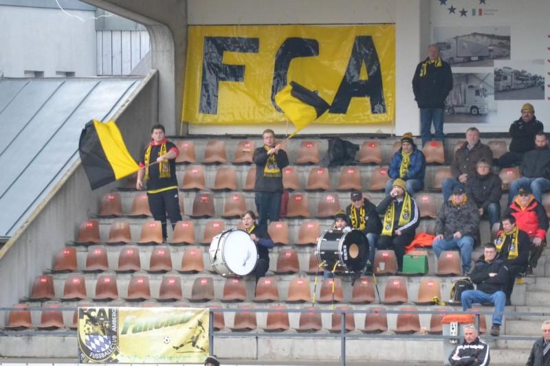 Bayernliga Nord: FCA - Spvgg Bayreuth 0:3 Souveräner Spitzenreiter zeigt Amberg die Grenzen auf