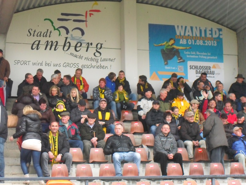 Der FC Amberg beendet die nächste Serie. Der VFL Frohnlach wurde auch mit 3:0 bezwungen.