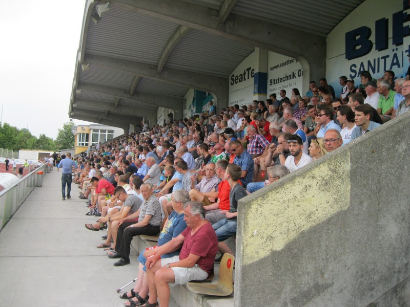 FC Memmingen in Amberg Chancenlos.  4:1